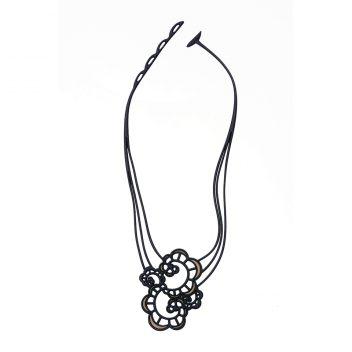 Japanese Flower Neck B&G